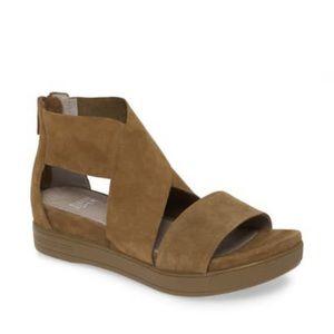 Eileen Fisher sport sandal dark green suede Sz 8.5